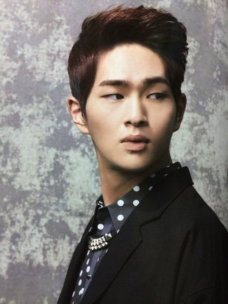 Onew: Forever_SHINee